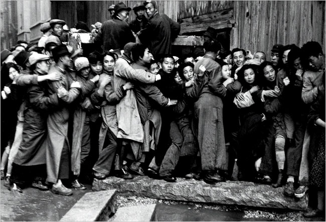 A Cartier-Bresson picture taken in Shanghai